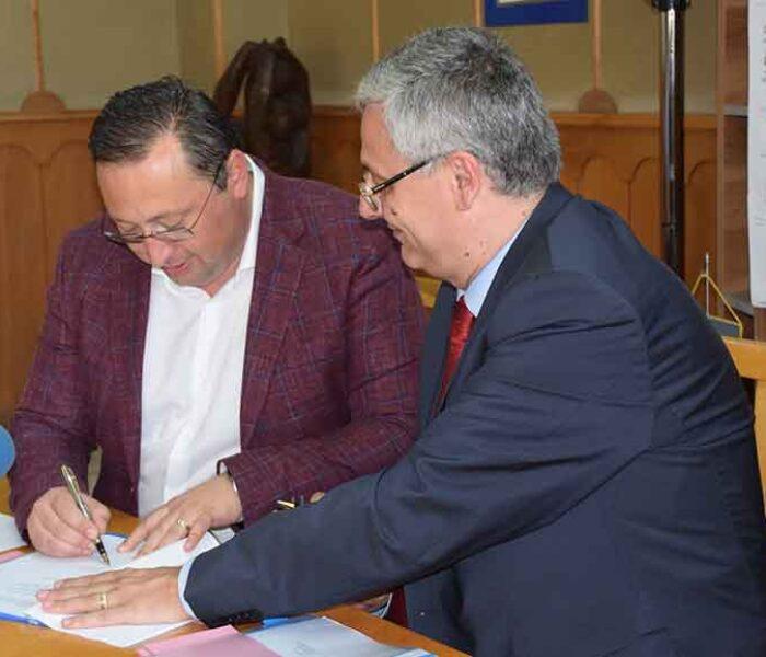 Pucioasa: Două contracte de finanţare care vizează centrul oraşului şi zona Moţăianca