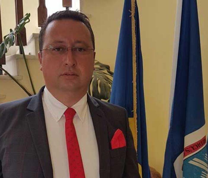 Primar Pucioasa: Sunt deprimat de modul în care se face administraţie în România; procedurile încetinesc investiţiile