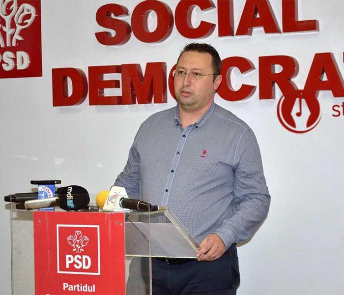 Primar PSD din Dâmboviţa acuză birocraţia fondurilor UE: Trebuie să mă prezint cu 44 de bibliorafturi, circa 25.000 de pagini semnate