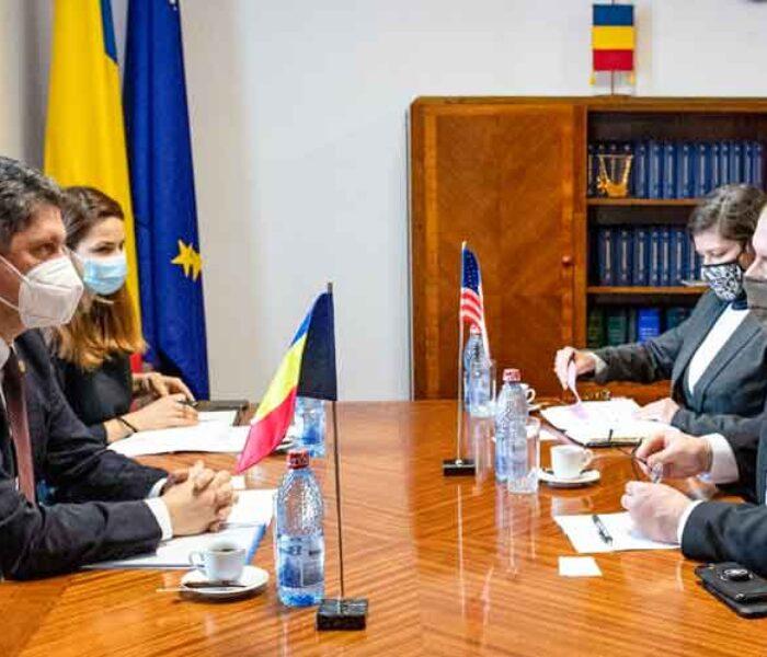Senatorul Titus Corlățean, întâlnire cu însărcinatul cu afaceri al SUA în România