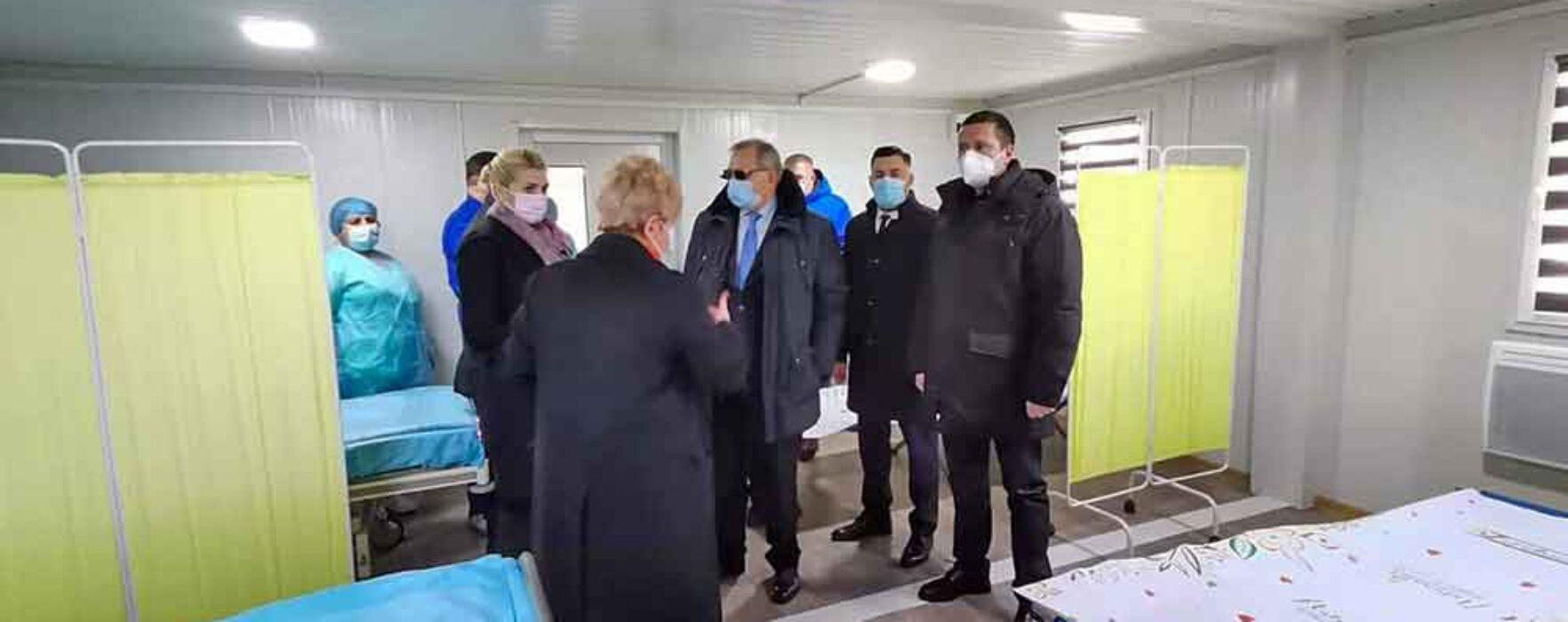 Dâmboviţa: Spitalul Moreni dotat cu containere pentru triaj, unele ar putea fi folosite drept centre de vaccinare