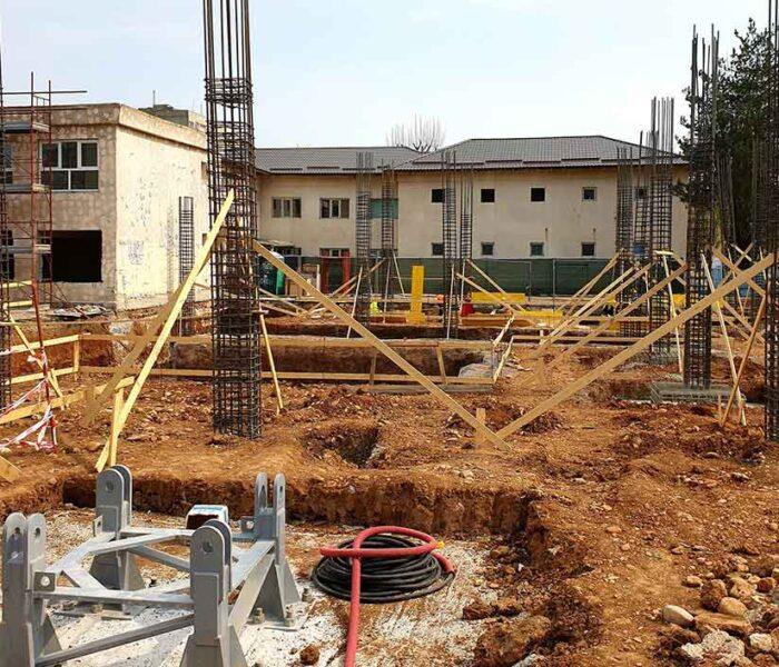 Târgovişte: Opt investiţii în derulare în domeniul infrastructurii educaţionale