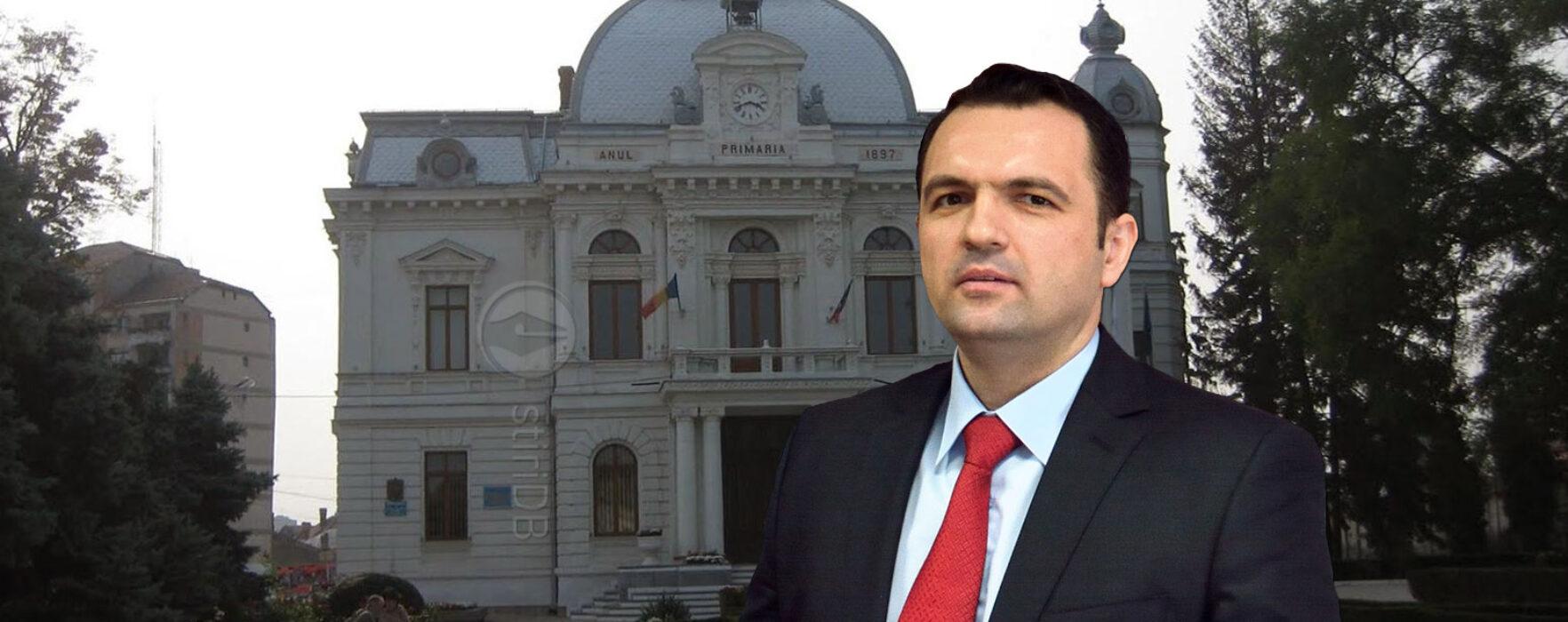 Târgovişte: PNL a cerut schimbarea din funcţie a primarului interimar Cristian Stan