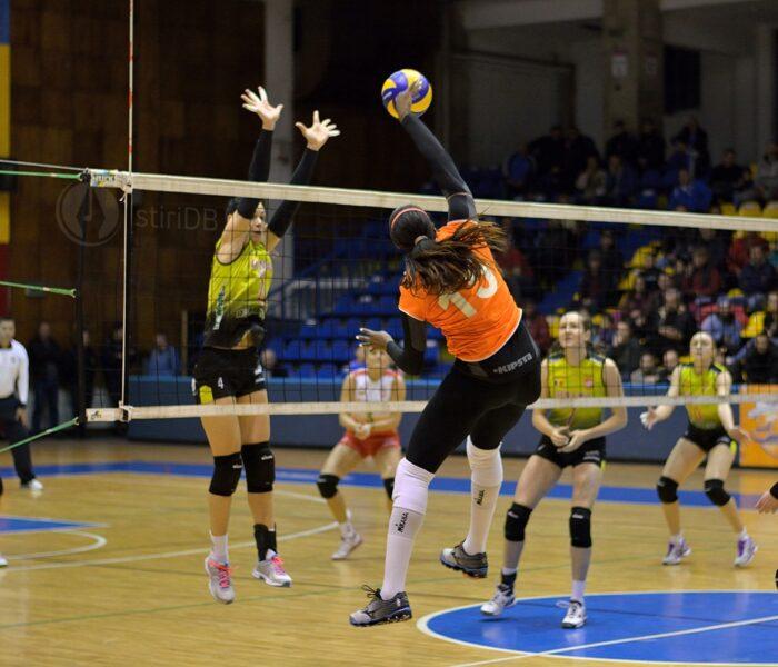 Volei feminin: CSM Târgovişte învinge categoric liderul Alba Blaj cu 3-0
