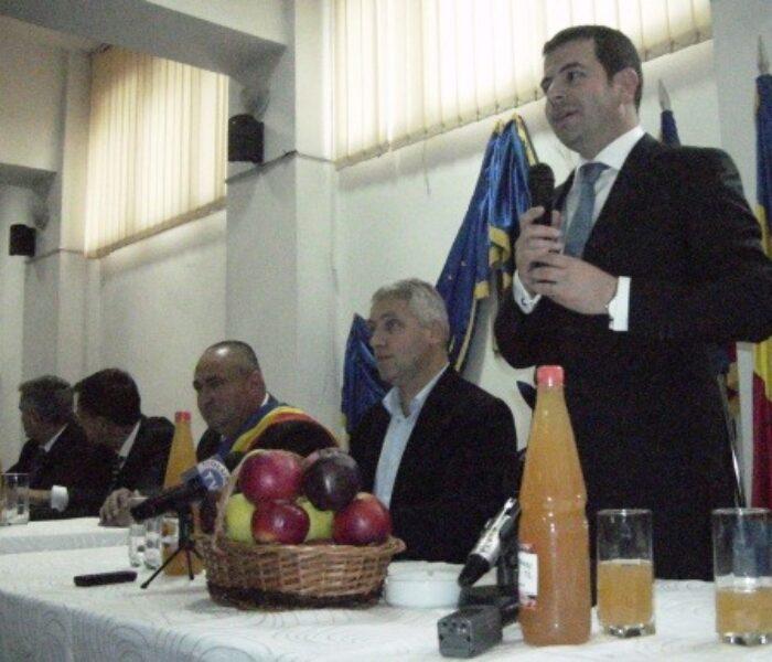 Ministrul Agriculturii: Introducerea cardului de acces în piaţă are rolul de a proteja producătorii