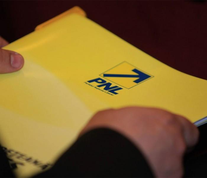 Consilieri locali PNL din Dâmboviţa excluşi din partid pentru activitate politică slabă