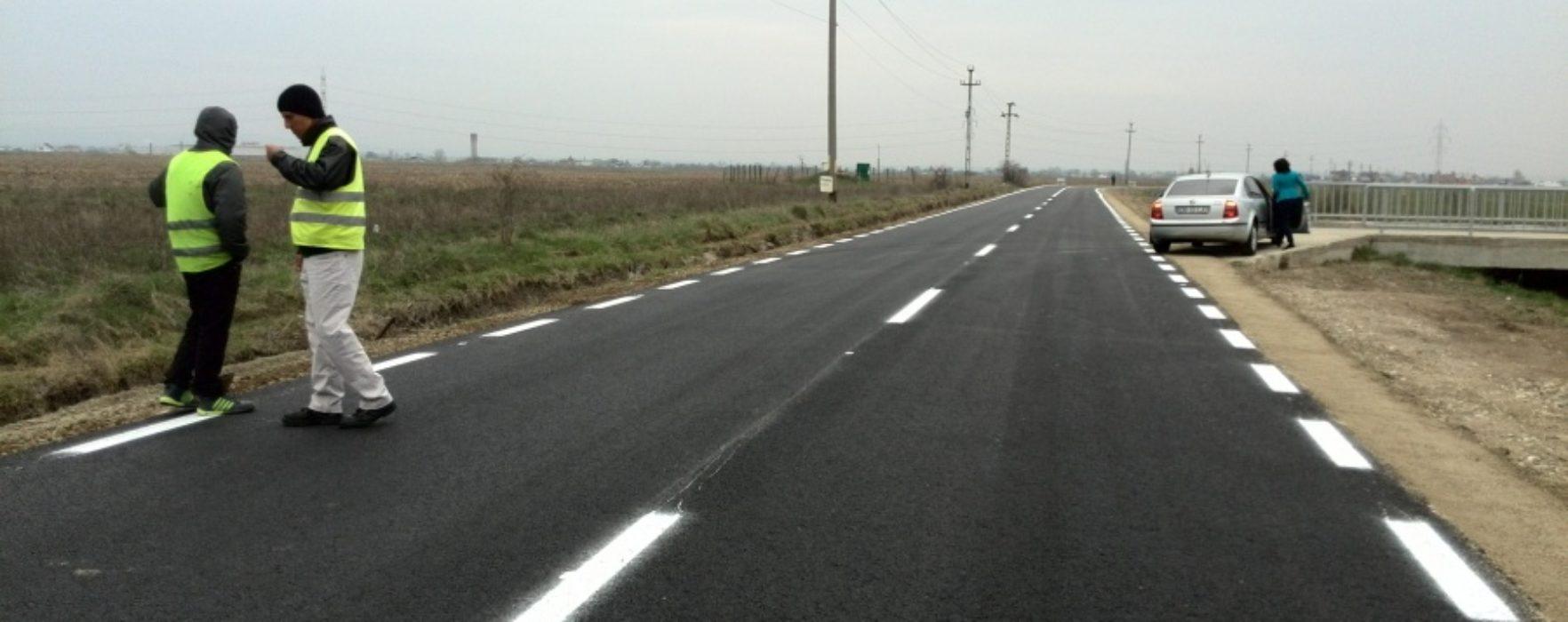 Drum comunal din Comişani, asfaltat prin parteneriat consiliul local – Consiliul Judeţean Dâmboviţa