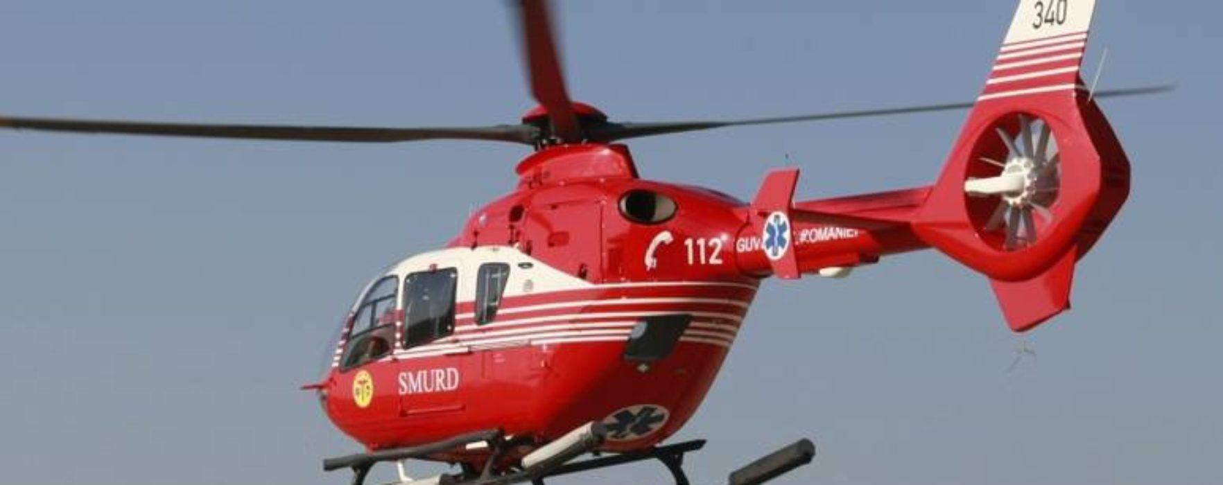 Dâmboviţa: Copil de 3 ani a căzut în piscină, dus cu elicopterul la spital