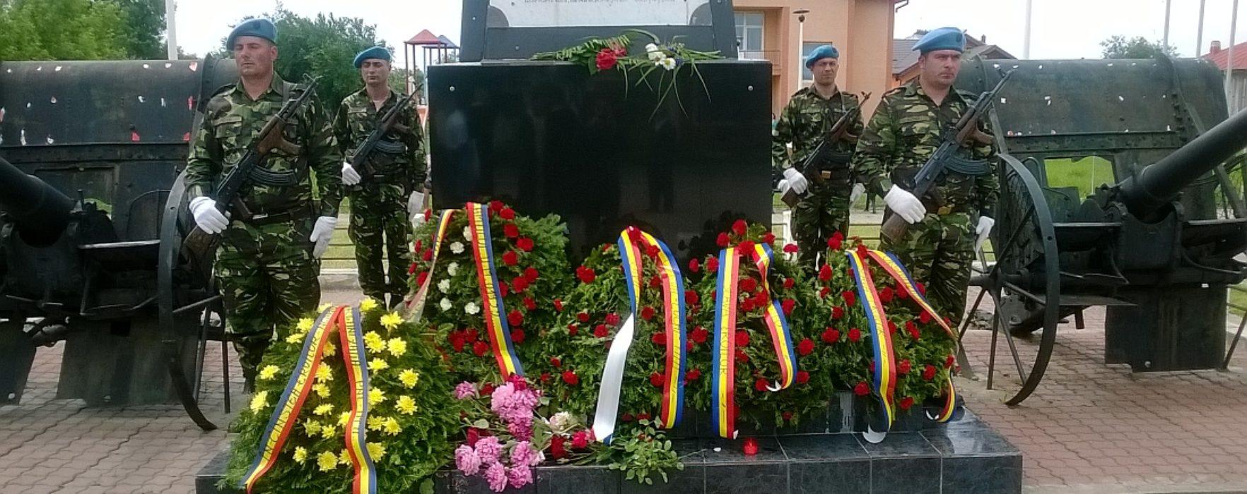Manifestări de Ziua Eroilor, la Târgovişte, Răcari şi Titu