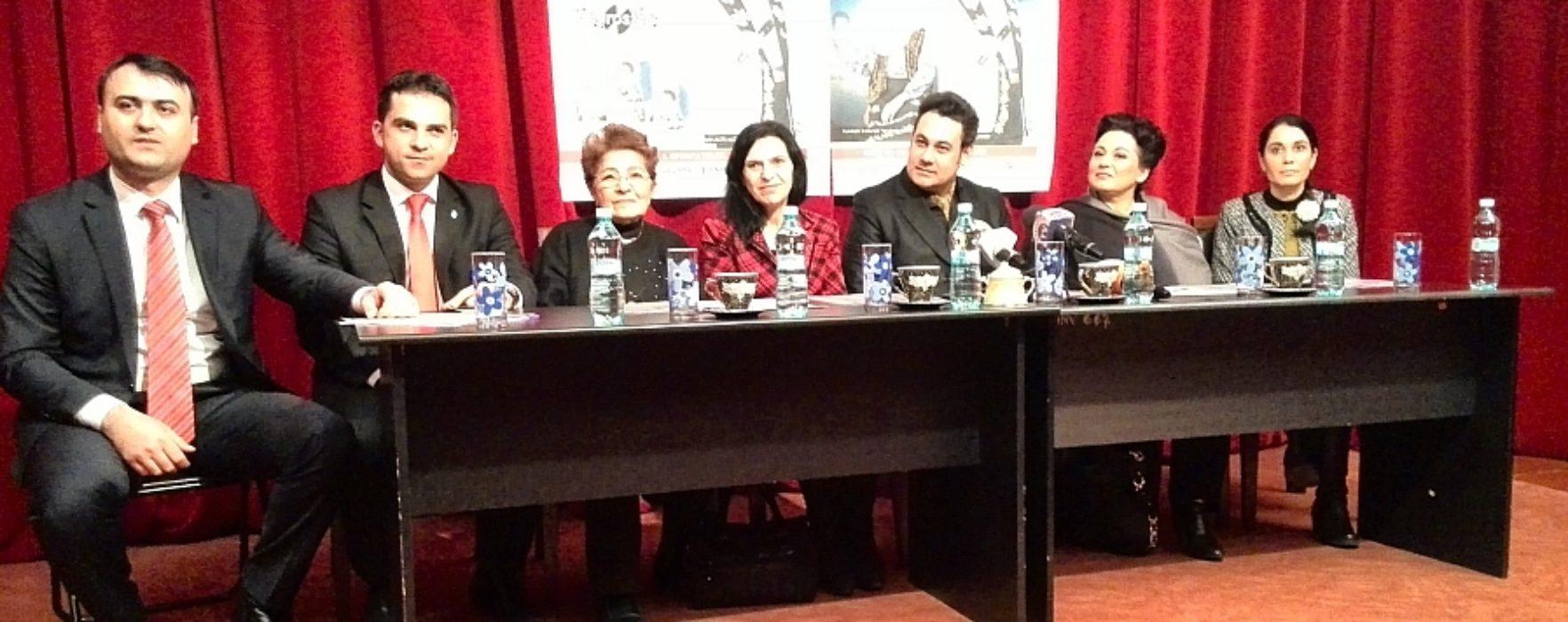 """A început Festivalul Naţional """"Ion Dolănescu"""", la Târgovişte (video)"""