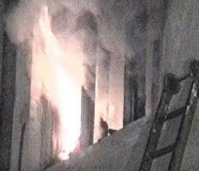 UPDATE2 Explozie într-un bloc din Fieni