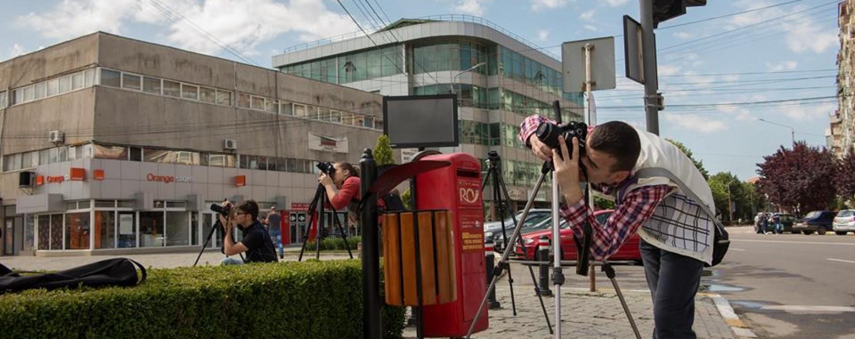 Școală de fotografie, la Târgovişte