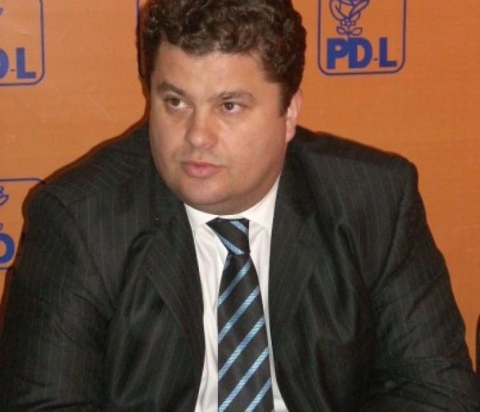 Deputatul PDL Florin Popescu cere demiterea conducerii organizaţiei PDL Dâmboviţa