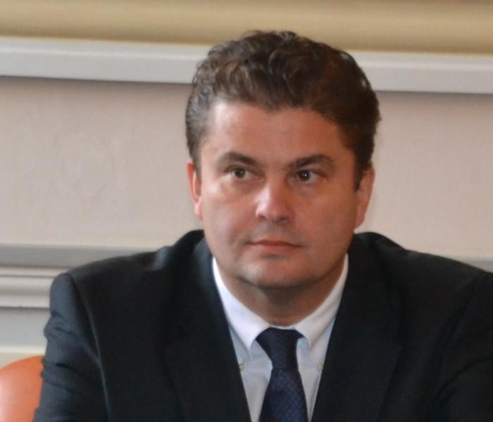 Aviz negativ din partea comisiei juridice privind arestarea lui Florin Popescu; decizia se va lua în plen