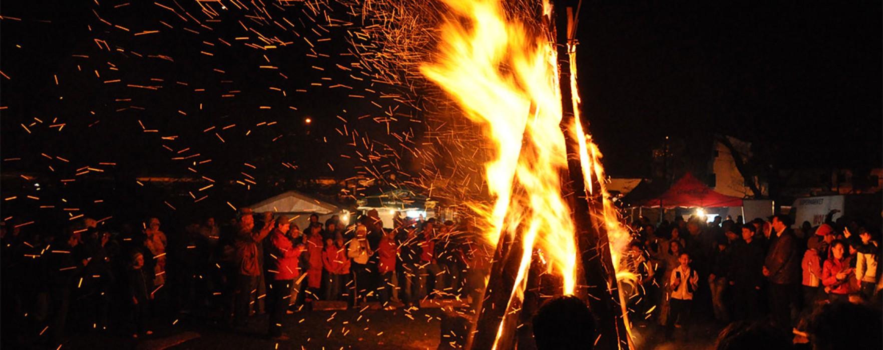 Focul lui Sâmedru va fi aprins în mai multe sate