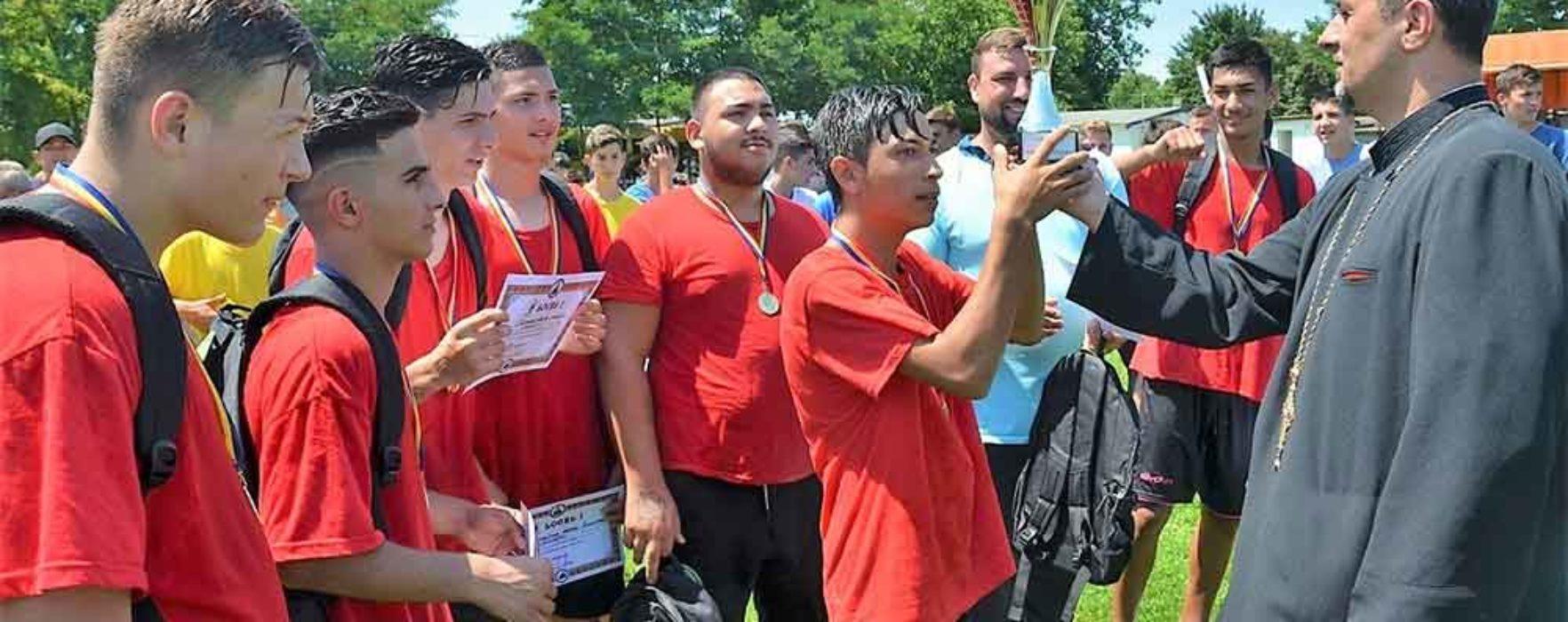 Dâmboviţa: Campionat de fotbal organizat de Arhiepiscopia Târgoviştei