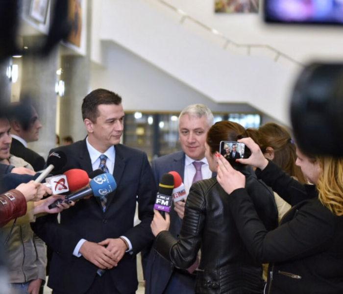 Premierul Grindeanu i-a cerut ministrului Transporturilor să meargă vineri în Dâmbovița pentru discuții despre infrastructură (video)