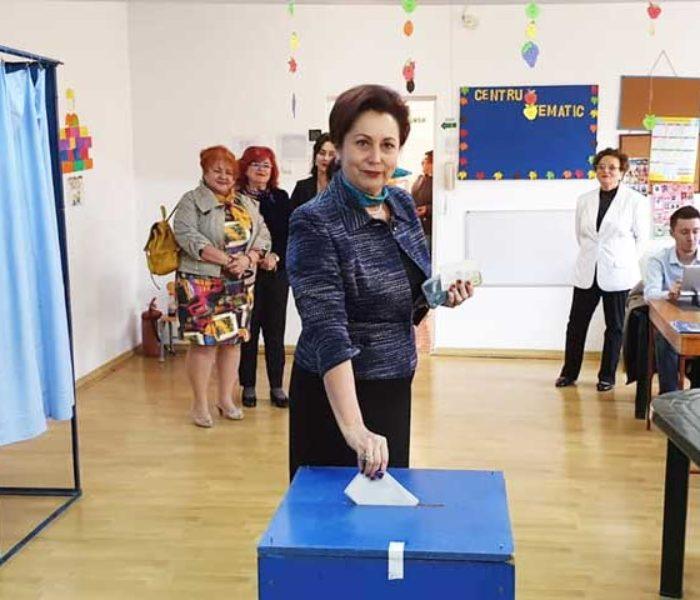 #prezidentiale2019 Carmen Holban (PSD): Am votat pentru o Românie unită