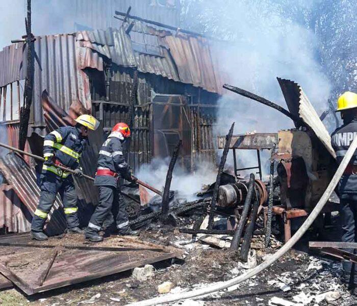 Dâmboviţa: Incendiu la o moară din Ioneşti