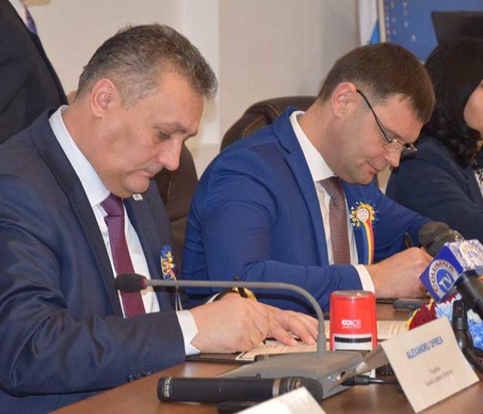 Judeţul Dâmboviţa s-a înfrăţit, de 1 decembrie, cu Raionul Căuşeni din Republica Moldova