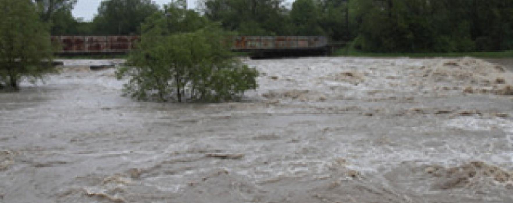 Pagube totale de 26 de milioane de lei, provocate de inundaţii în Dâmboviţa