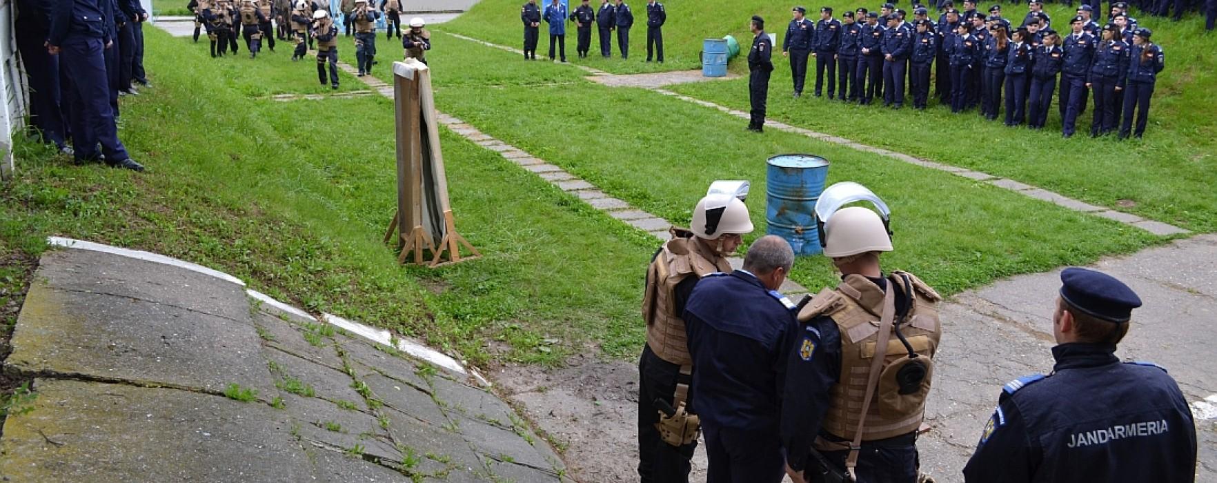 Exerciţiu internaţional de antrenament la Centrul de Pregătire al Jandarmilor de la Ochiuri