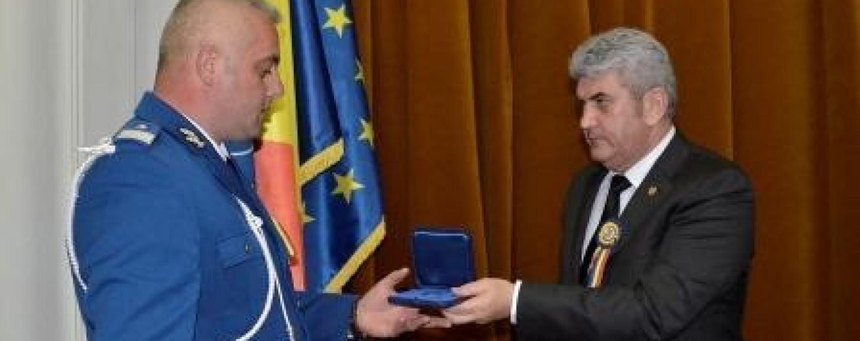 Jandarmul anului, Alexandru Petre Stan, face parte din cadrul Jandarmeriei Dâmboviţa