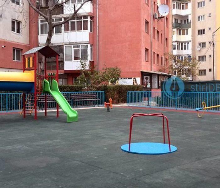 Târgovişte: Loc de joacă inaugurat în micro 5, întreg cartierul va fi reabilitat anul viitor