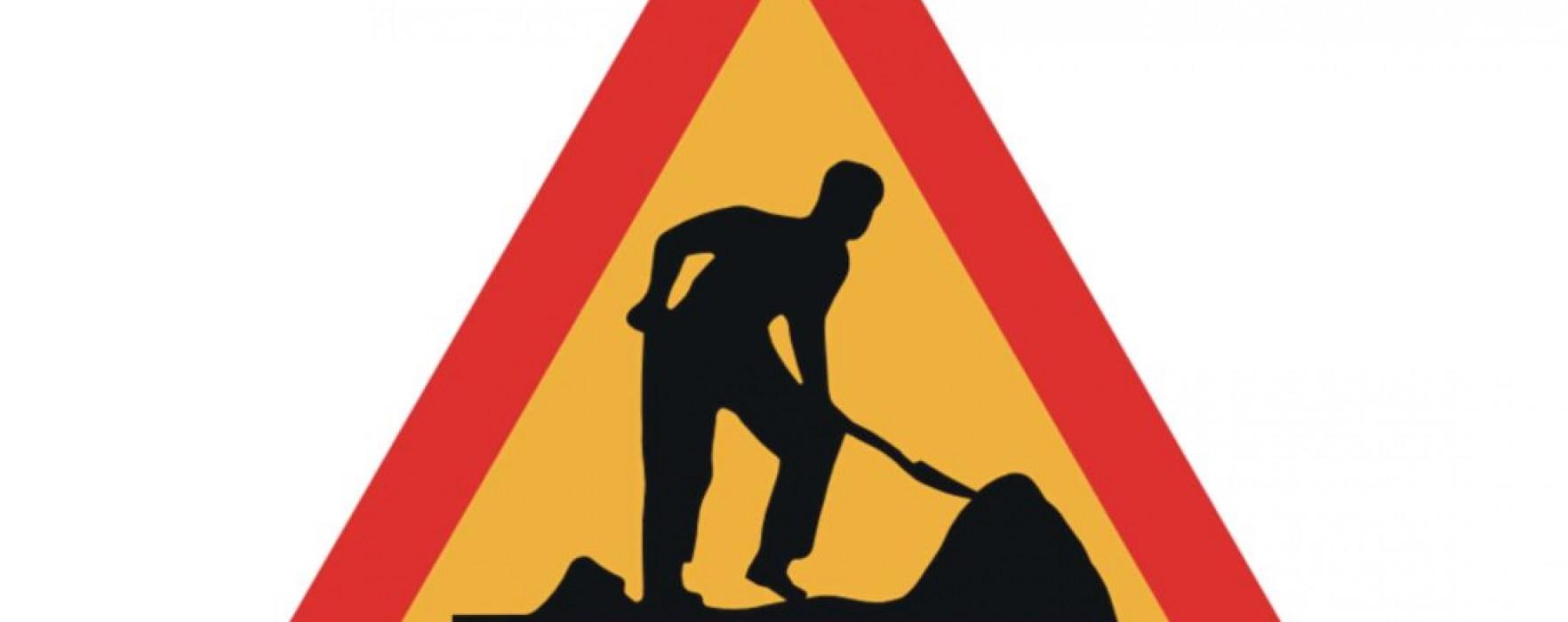 Dosar penal pentru o firmă care a spart carosabilul pe DN 71, la Pucioasa, fără a avea avize