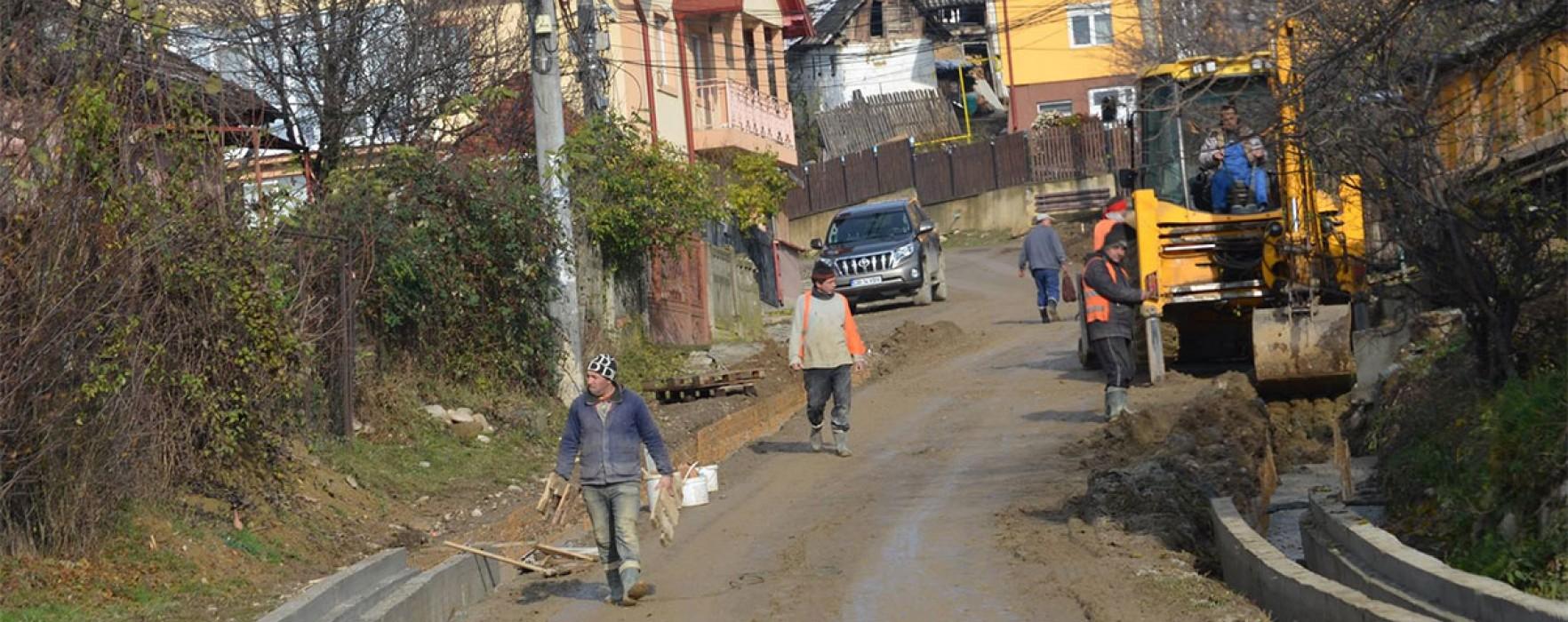 Lucrările de modernizare a infrastructurii continuă la Pucioasa