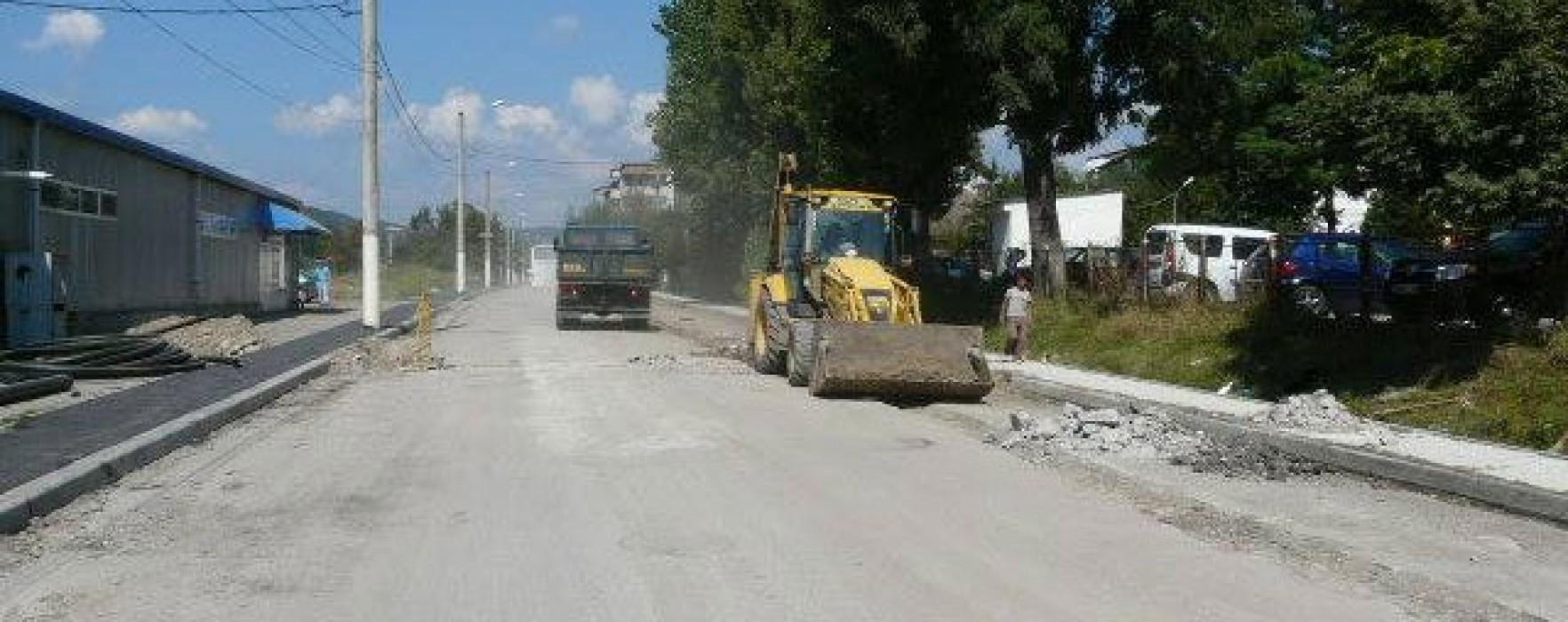 Dâmboviţa: Trei trasee de drumuri, incluse în strategia de atragere de fonduri 2014-2020