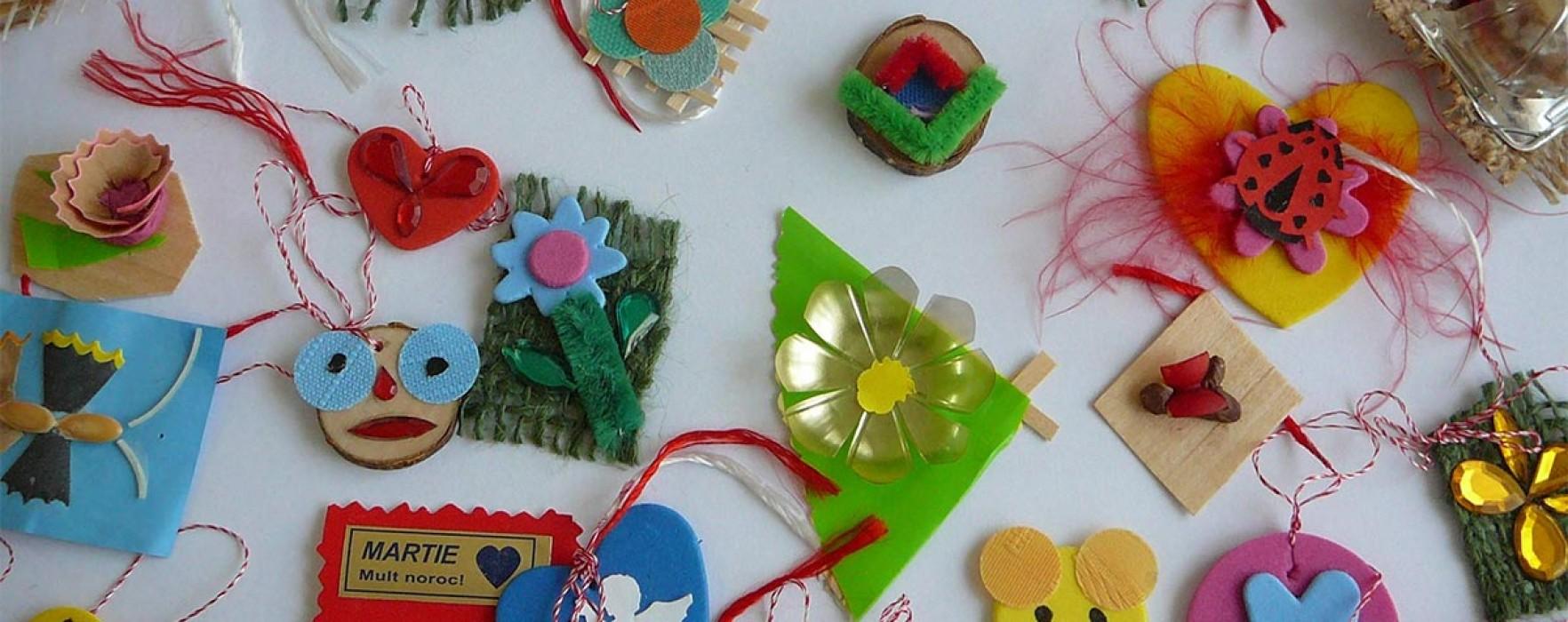 Expoziţie de mărţişoare confecţionate de elevii Şcolii Speciale Târgovişte