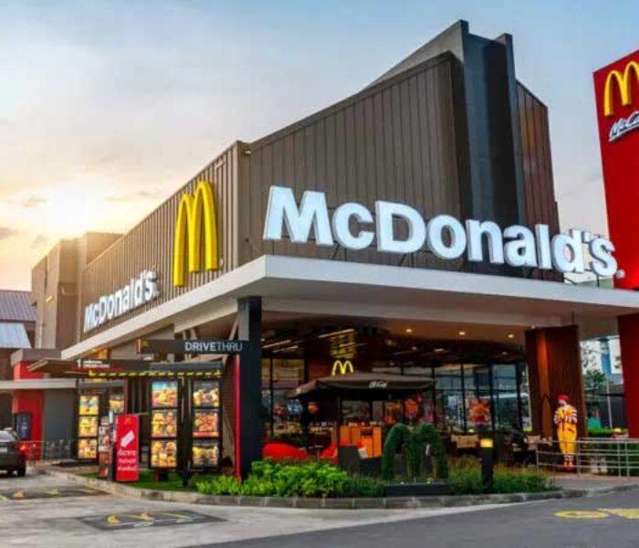 A început construcţia McDonald's Târgovişte