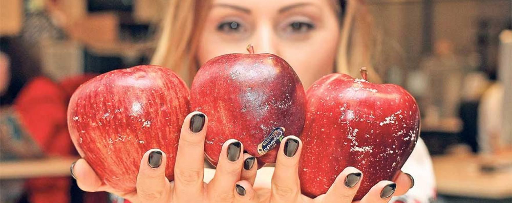 Un sfert din alimentele din România conţin pesticide. În top, merele autohtone