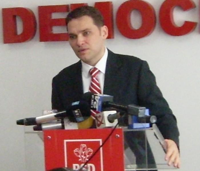 Dan Şova a povestit, la Târgovişte, cum a fost abordat în tentativa de mită de la Beijing