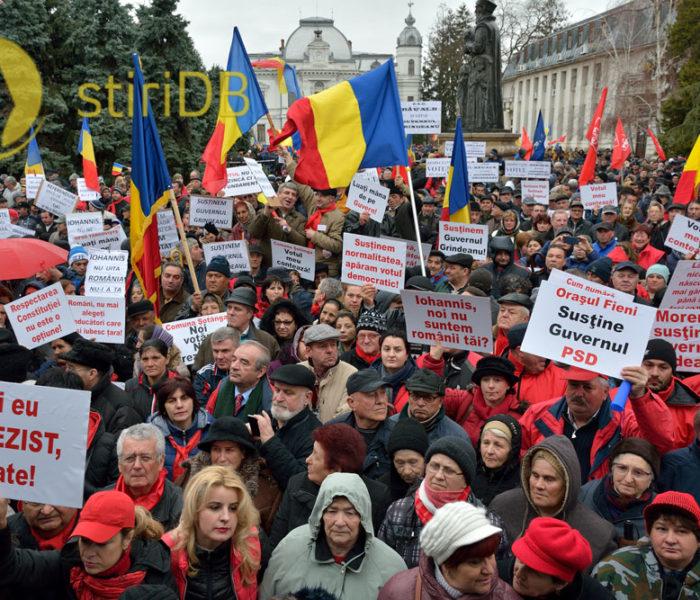 Circa 10.000 de persoane la mitingul PSD de la Târgovişte, de susţinere a Guvernului Grindeanu