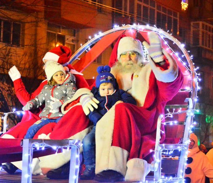 Târgovişte: Moş Crăciun soseşte pe 13 decembrie