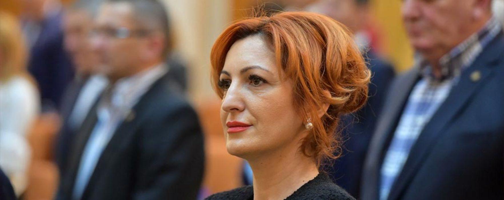 Deputatul de Dâmboviţa Oana Vlăducă anunţă că pleacă din PSD şi trece la Pro România