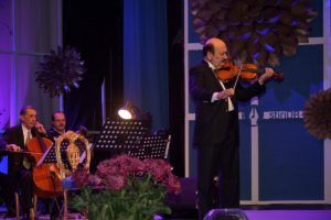 orchestra-romanticii-crizantema