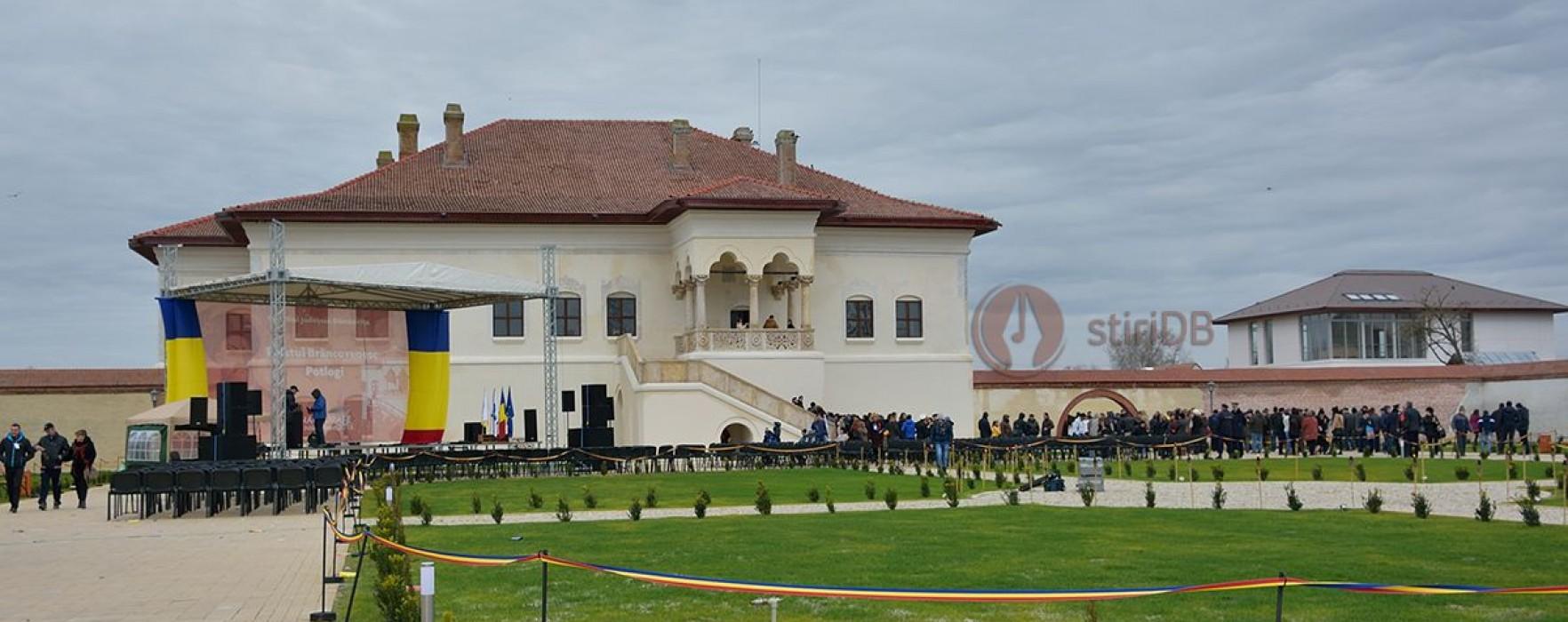 Dâmboviţa: Expoziţie de ornamente din scrierile brâncoveneşti la Palatul Brâncovenesc de la Potlogi