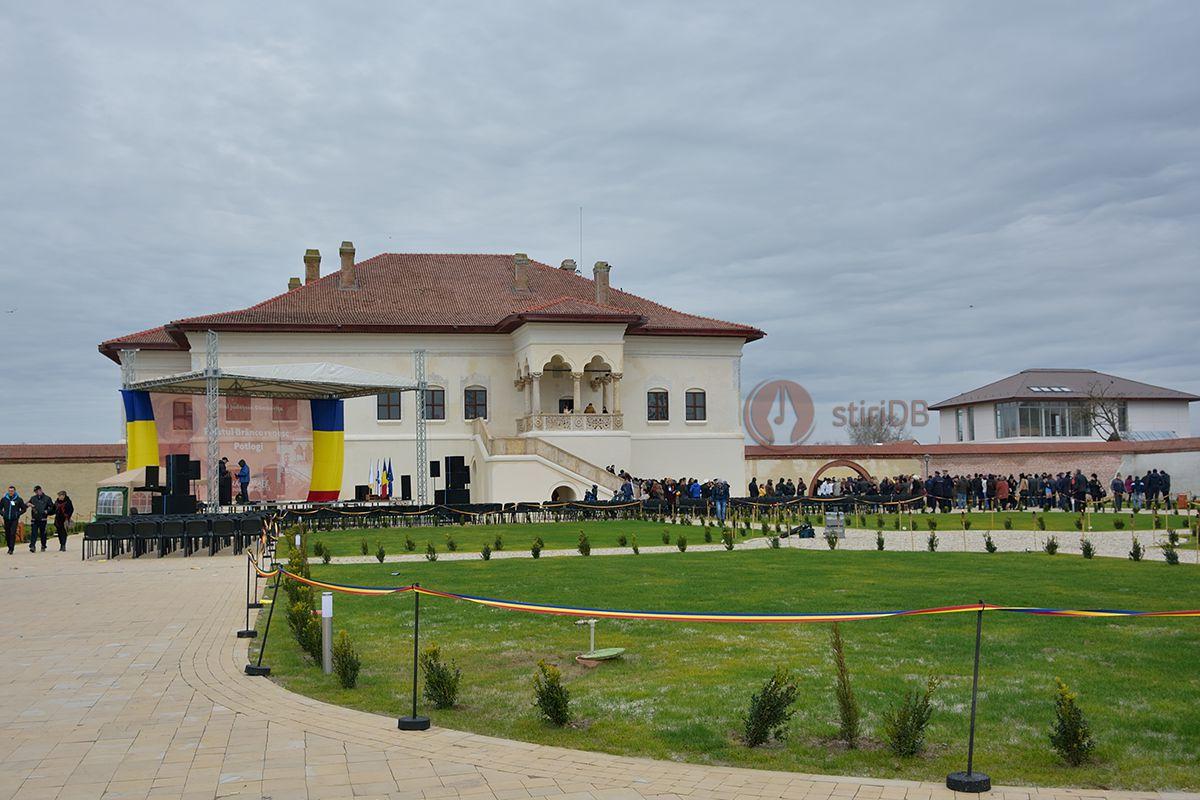 palat-potlogi-inaugurare