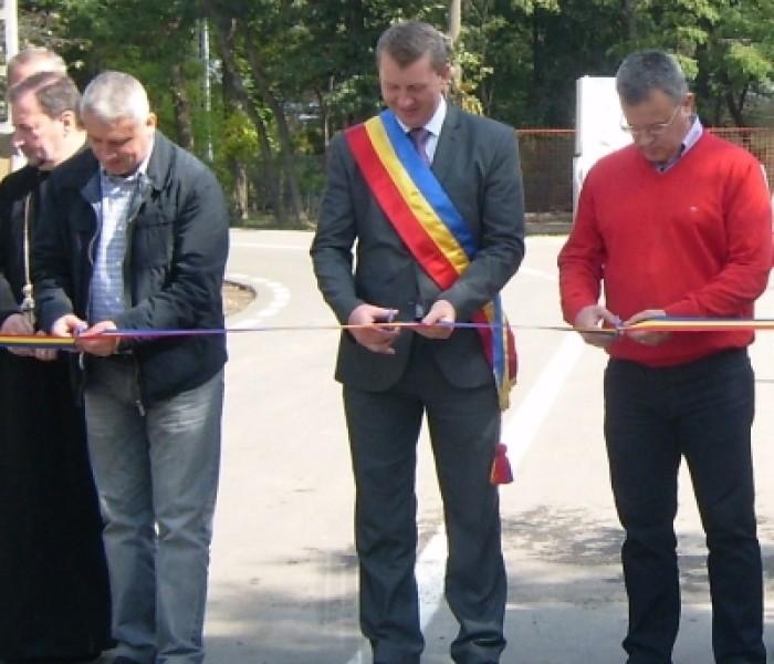 Drumul de legătură între satele Vişineşti şi Urseiu, inaugurat sâmbătă