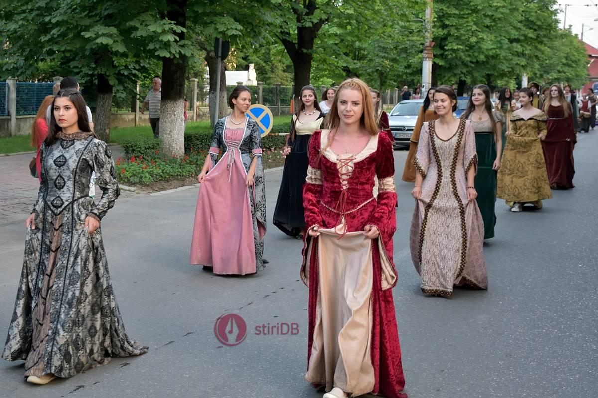 parada-medievala-dracula-2016-03