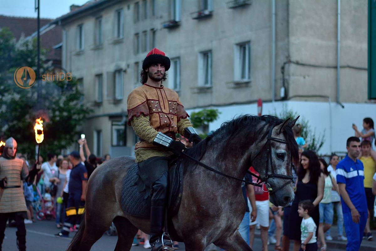 parada-medievala-dracula-2016-08