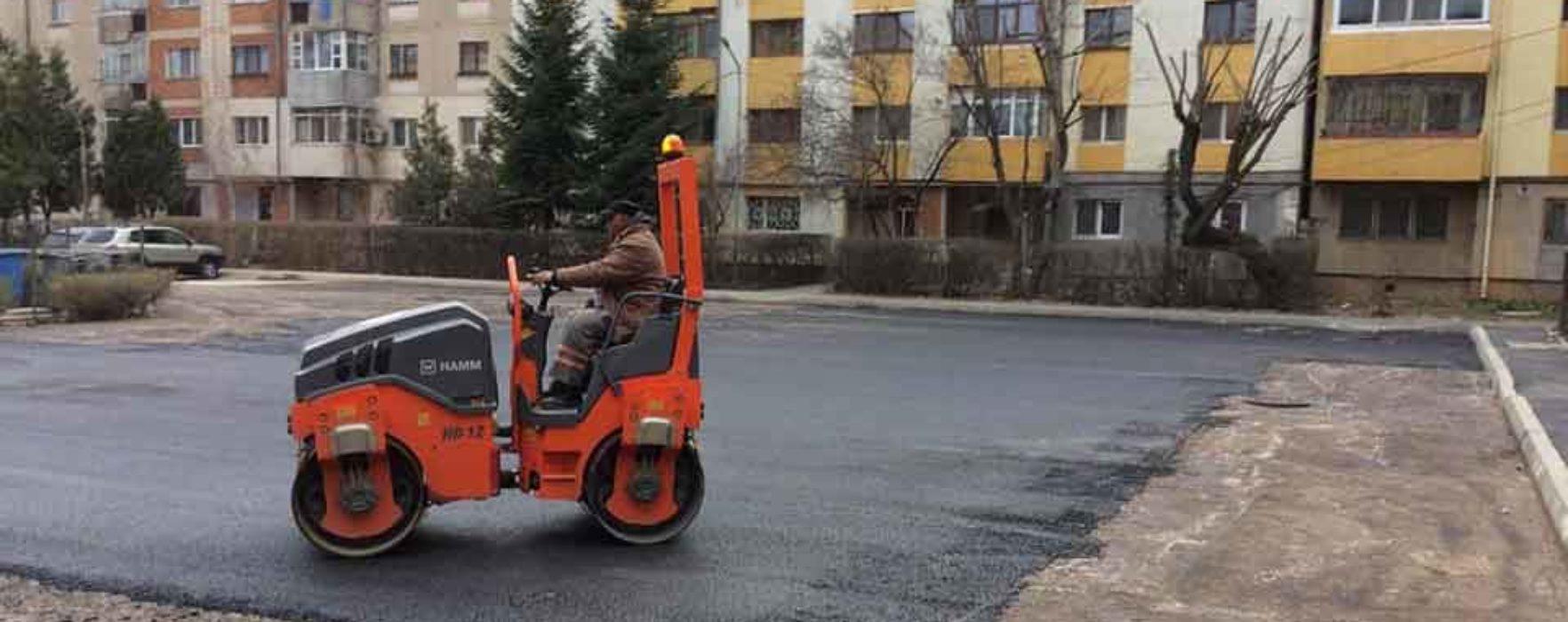 Târgovişte: Garaje demolate şi parcare construită în zona blocurilor C6-C10 din micro 3