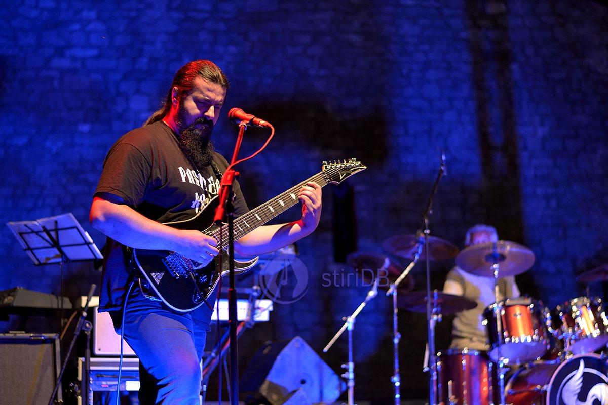 pasarea-rock-08