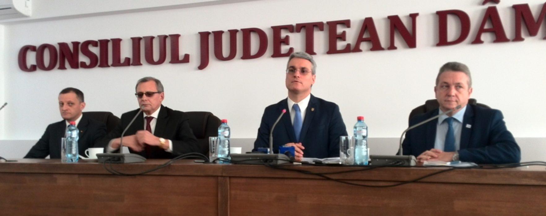 Ministrul Muncii, prezent la Târgovişte unde a discutat despre pachetul de măsuri active de ocupare