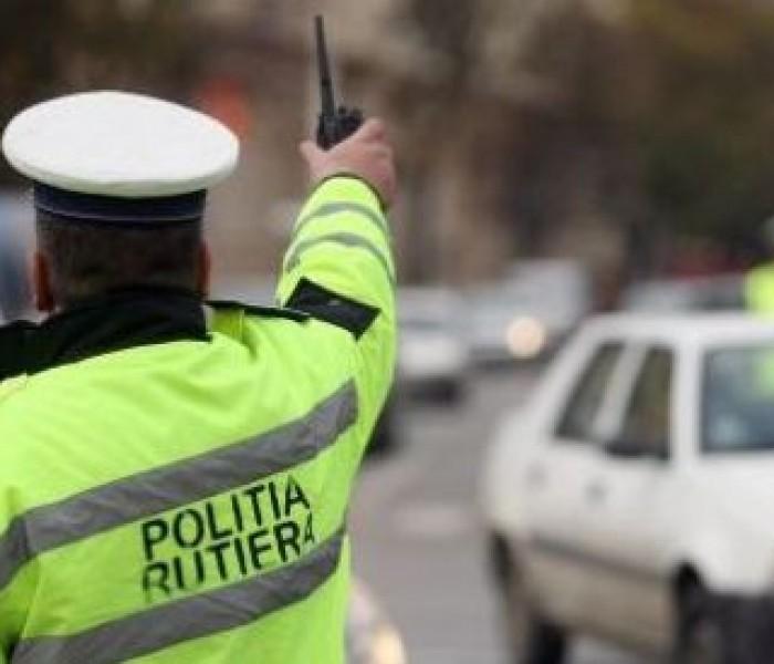 Dâmboviţa: Jumătate dintre şoferii opriţi de poliţişti, amendaţi pentru viteză