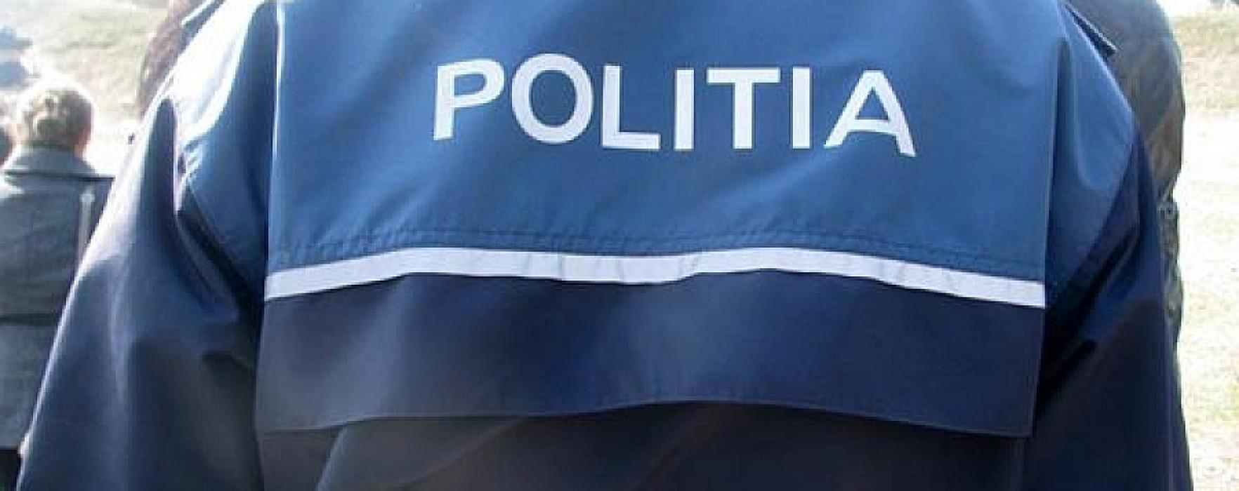Razii ale poliţiştilor dâmboviţeni, în Răcari, Pucioasa şi Fieni