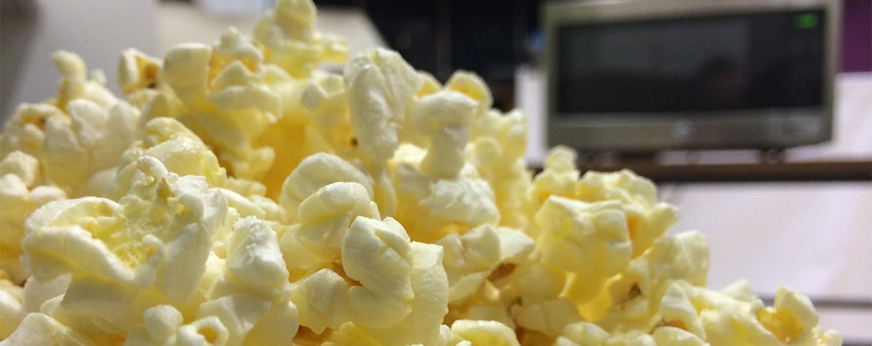 Popcornul la microunde îți poate distruge plămânii
